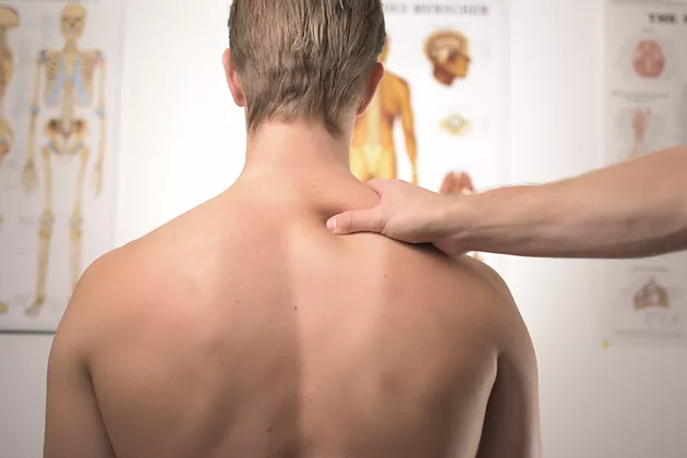 voce-tem-dor-nas-costas